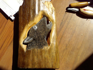 wolves on wood carvings