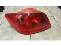 2004 PEUGEOT 307 TAIL LIGHT PASSENGER NEAR SIDE DIESEL OR PETROL - NO BULBS