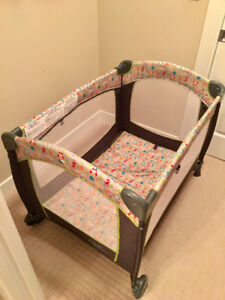FOR SALE PLAYPEN IN VERY GOOD CONDITION!!!