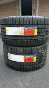 285/30/19  a pair