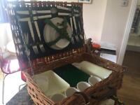 Large Brexton Luxury Picnic Basket