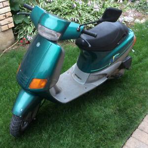 1992 Piaggio Zip, 50cc in great shape!
