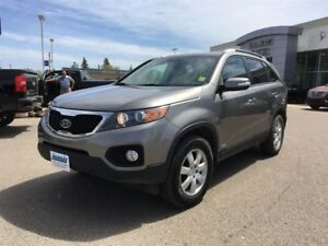 2011 Kia Sorento LX AWD *Heated Cloth*