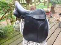 "Super Smart 17"" WH black english leather saddle"