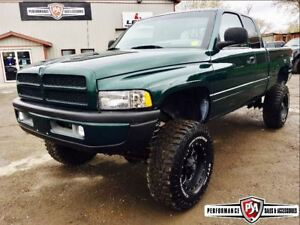 2001 Dodge Ram 2500 MINT LIFTED CUMMINS DIESEL!!
