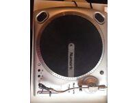 Numark TT1610 Turntables **2 for £50**