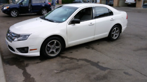 2011 Ford Fusion. Great Condition. Clean.