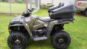 2015 Polaris Sportsman ETX EFI (mint condition)