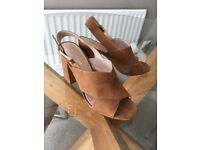 Carvela Kurt Geiger sandals colour tan size 5 (38) three and a half inch heal