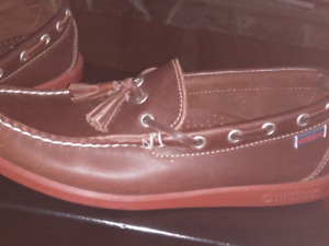 Sebago brand new boat shoes with tassels size 7