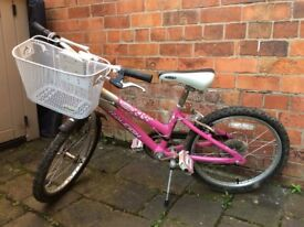 Girl's Raleigh bike for age 6-9