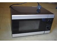 Microwave, Tesco Solo 17L - Black & Silver 6 Months Old