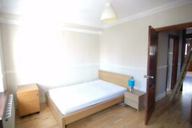 Stunning two bedroom apartment, Great location, fully furnished