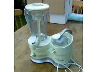 Powerful Kenwood food blender/smoothie maker/juicer