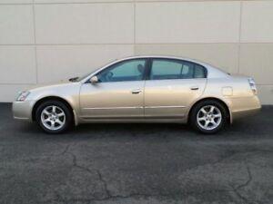 2005 Nissan Altima 5 doors Sedan