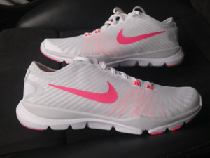 AIR JORDAN NIKE WOMEN's size 10 NEW $50 !!!FREE DELIVERY!!!