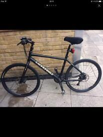 Black Cannondale Bike Disc breaks