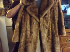 Custom Made VINTAGE Women's Full Length Mink Fur Coat