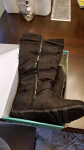 Nicki Scrunch Boots