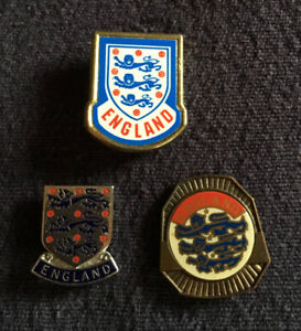 OFFERS? 3 ENGLAND Football (Soccer) Pins Badges THE THREE LIONS