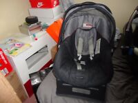 car seat mamasandpapas in very good clean condition