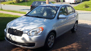 2009 Hyundai Accent Auto L Sedan