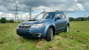 2009 Subaru Forester XT limited edition SUV, Crossover