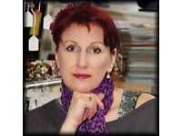 Professional woman seeking studio/1 bedroom home with garden bills incl around Milton Keynes
