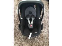 Maxi cosi pebble car seat black and grey excellent condition