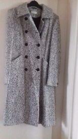 Ladies KALIKO coat size 8