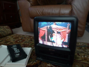 "Funai TV VCR Combo Color 9"" TV VHS Player Model F9TRB1"