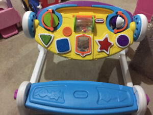 Musical toy/drawing table