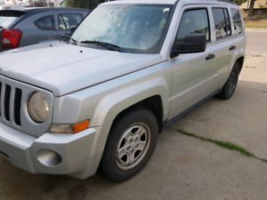 2008 Jeep Patriot front wheel drive 2200 firm