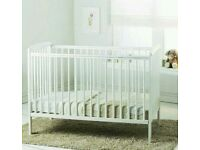 Kinder valley Sydney cot. White, Natural pine. With free mattress. Brand new 5 left.