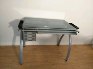 Tempered glass draft table