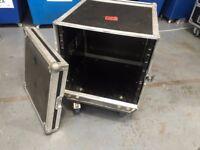 10u rack mountable flight case on wheels