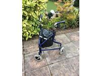 Lightweight 3 wheel walker with bag