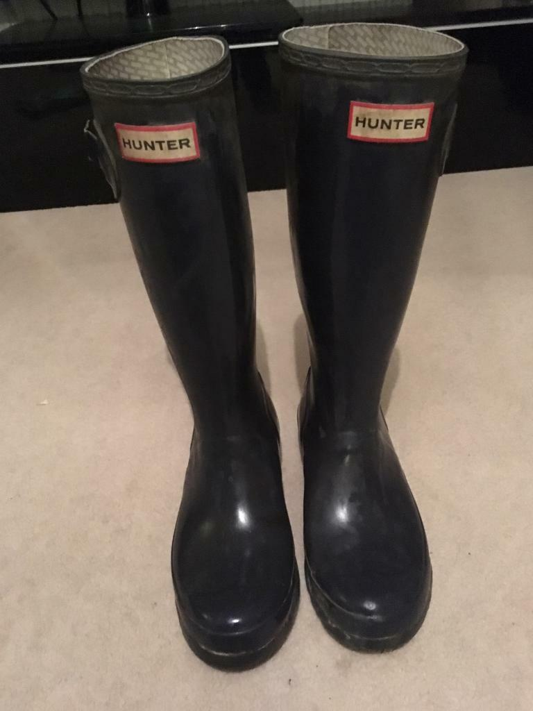 Hunter wellies size 3 navy 100% authentic