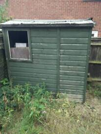 Free small shed approx 6x4