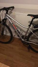 Pinnacle road bike £150 open to offers
