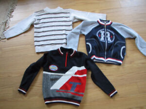 Boys long sleeved sweaters, 4-5 years old.