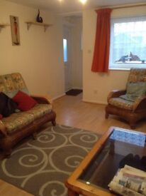 1 bed Flat South Halying to Rent