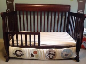 Crib (Convertible to Toddler, Full Bed)