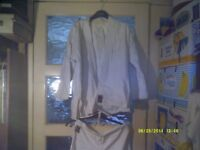 TOKAIDO SUIT , JACKET & TROUSERS in GOOD CONDITION , SUIT YOUNGSTER / TEENAGER +++ ?