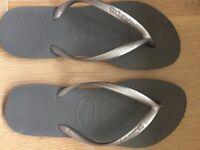 Havaiana Flip Flips Size 37/38 Silver and Grey