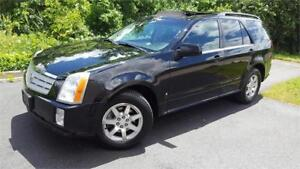 2006 Cadillac SRX AWD  V6 PANOROOF LEATHER PARK SENSORS