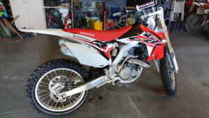 Like new 2015 honda crf450r
