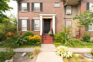 Willoughby Heights Townhouse for sale: 2 bedroom 1,475 sq.ft.