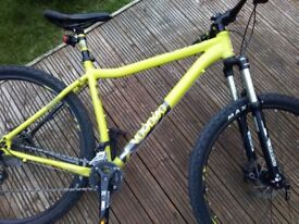 Voodoo Bizingo 20 inch frame 29 inch wheel paid £625 from halfords *£250*