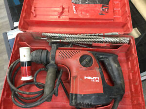 HILTI TE 30 hammer drill WITH BITS